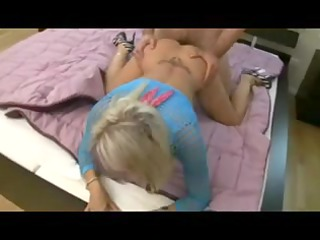 cougar lady vagina fisted and cock sucking