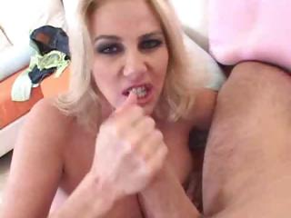 mom craves giant dick
