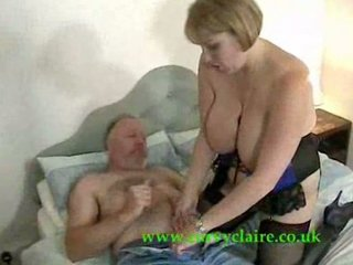brit mature babe gives old boy thrill