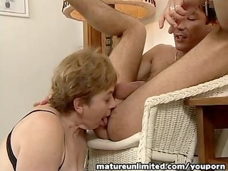 ladies is balls licking deepthroat