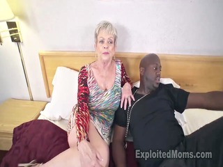 breasty elderly in cumshots clip