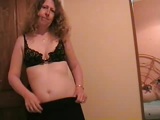 mature girl gets nude