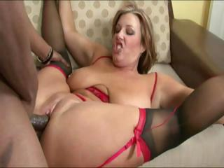 mature having interracial fuck with her friend