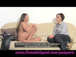 femaleagent. do you enjoy how i taste