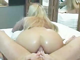 pale bubblebutt boner grinding