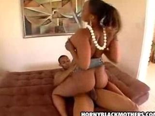 ebony mature babe anal